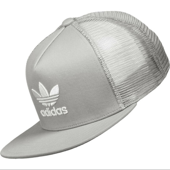 c858dd270cb adidas Other - Adidas Originals  Trefoil Light Grey Flat Snapback